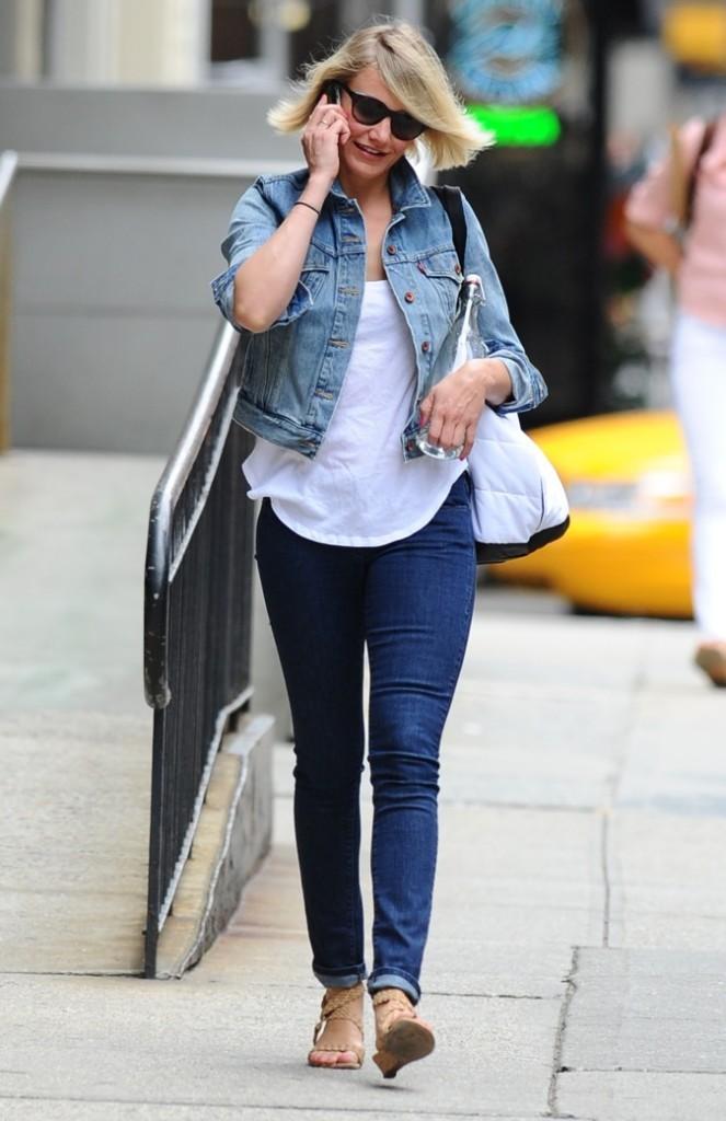 Veste en jean femme look site de v tements en jean la mode - Comment porter une veste en jean homme ...